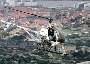 Foto: Michael Kochnordjyske helikopter over aalborg